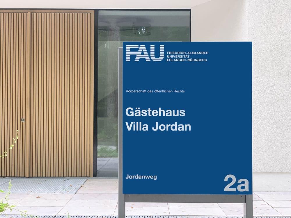 """FAU Gästehaus """"Villa Jordan"""" Beschilderung"""